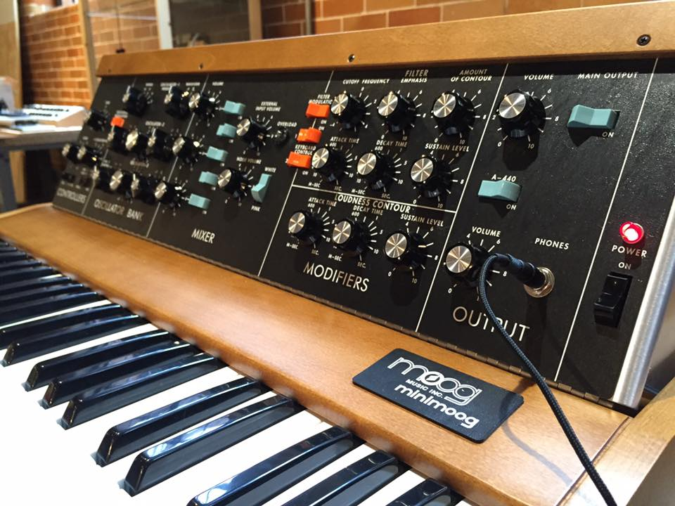 Moog Reintroduces The Minimoog Model D!!!