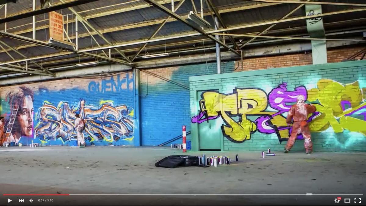 Street art: SOFLES — LIMITLESS.